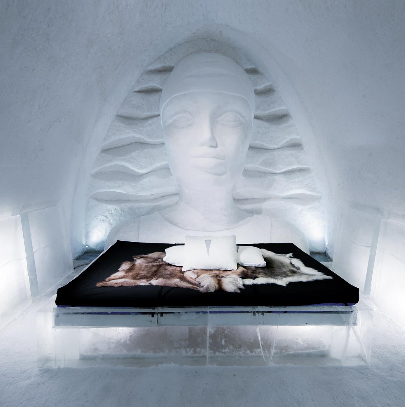Vagnelind artist icehotel icewoman